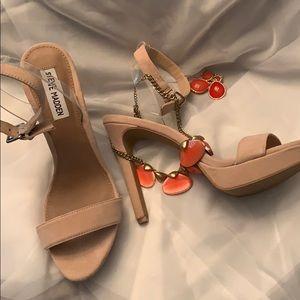 416b8e2deea Women s Steve Madden Clear Heels on Poshmark